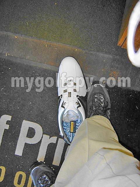 shaq-golf-shoe-1.jpg