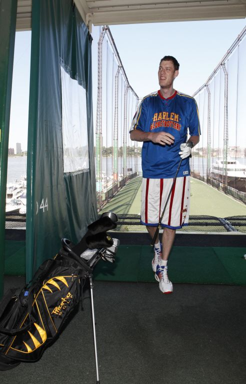 Tiny Sturgess golfing at Chelsea Piers3.jpg