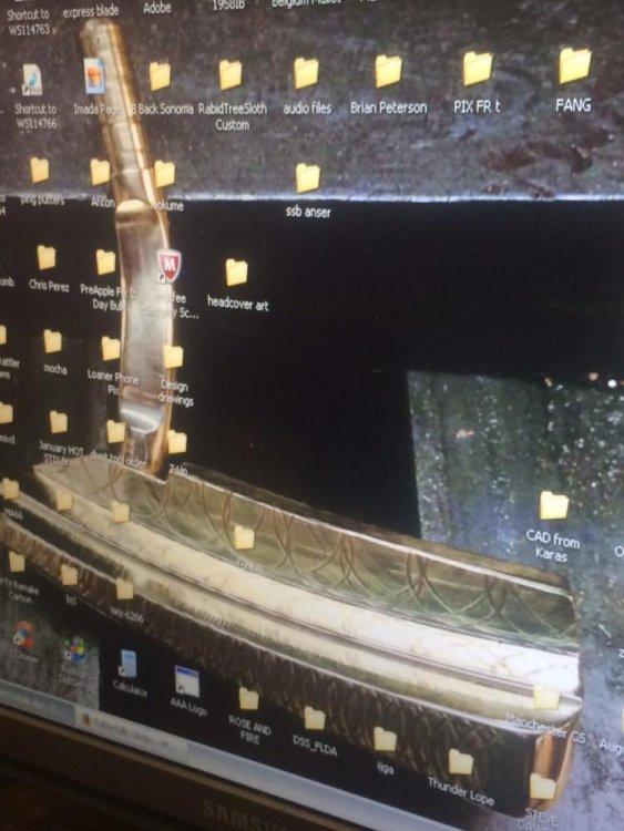 LaMont's Desktop.JPG