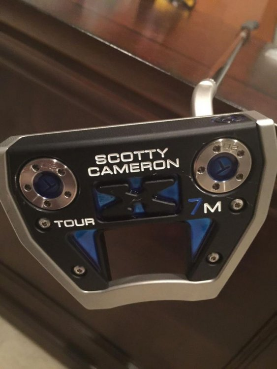 Cameron X7M 1.jpg