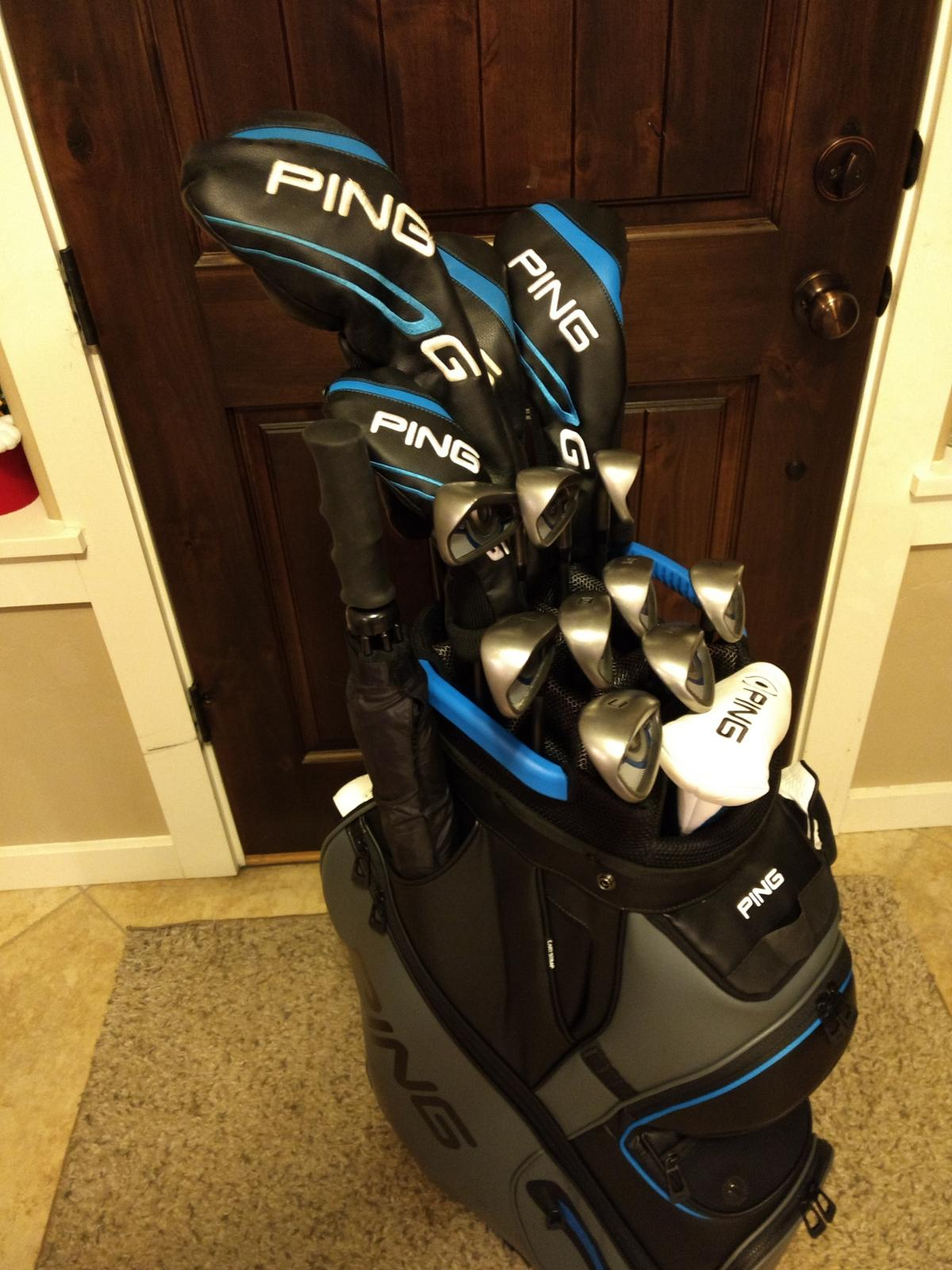 fc1054d22779 Found the bag on clearance  golfdiscount.com. It is the PING DLX with the  hard-to-find black