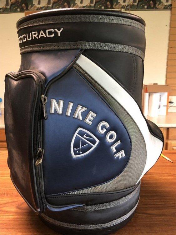 nike-bag.thumb.jpg.e9e725c44bdcc5a162a66dbad997f65d.jpg