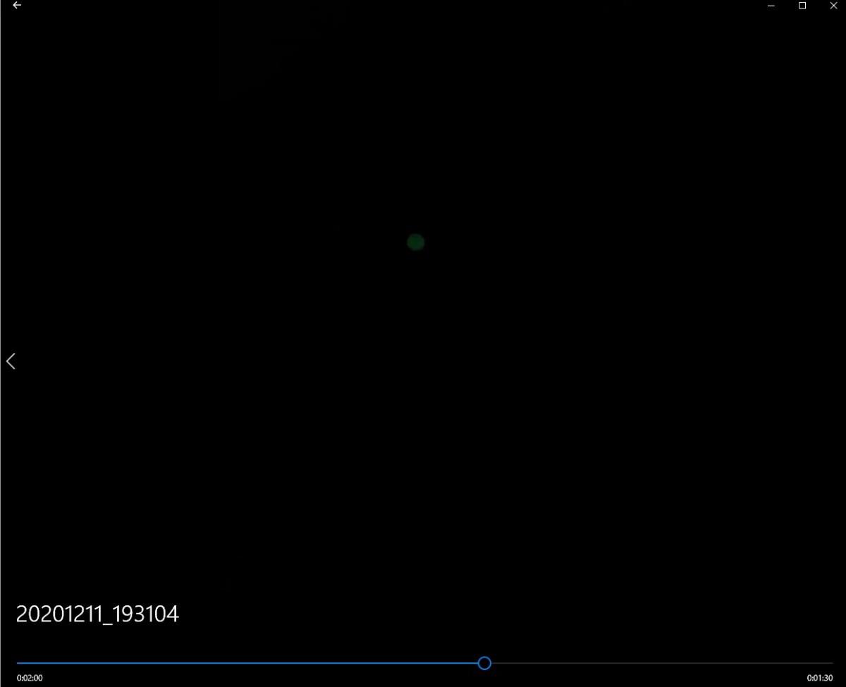 1272514115_lite4niteball2incupcharger2minutes.jpg.7265131ecfb67e689c1e14c4bde3513d.jpg