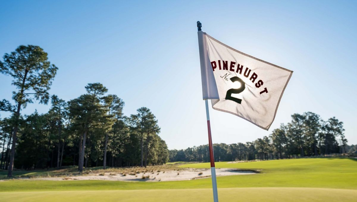 Pinehurst No 2 Hole 18 Golf Course Pin Flag-crop(1,0.846,0,0.099,r4).jpg